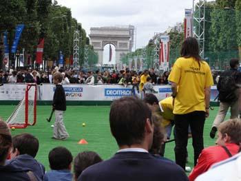 Champs Elysées Paris 2012
